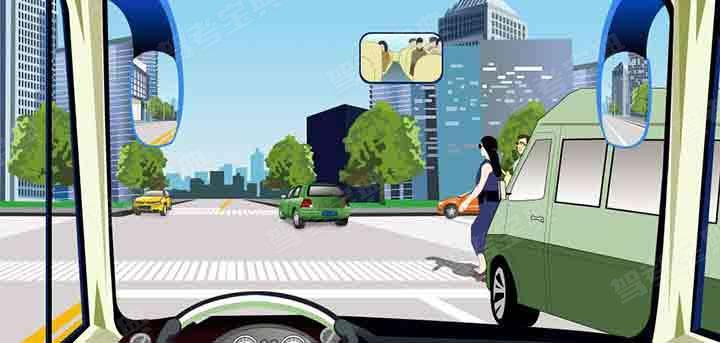 驾驶机动车在人行横道前遇到这种情况一定要减速慢行。