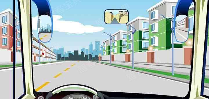 如图,驾驶机动车需要掉头时,只要不影响正常交通可以在虚线处掉头。