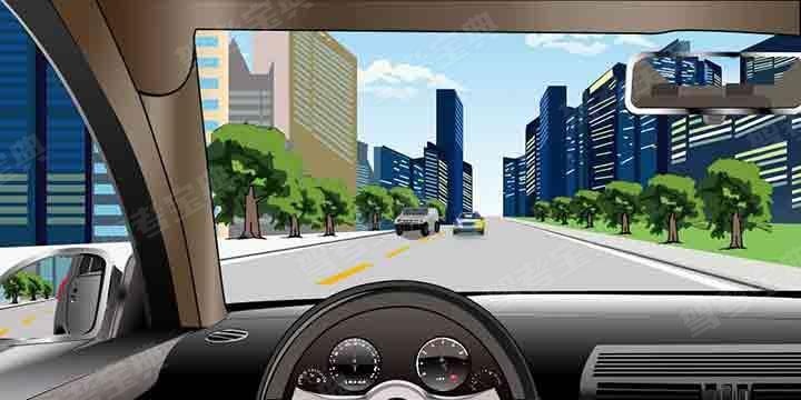 如图所示,驾驶机动车在会车过程中遇到这种情况,应当持续鸣喇叭并提高车速迫使其驶回原车道。
