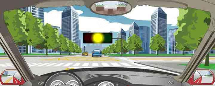在交叉路口遇到这种情况时,要在红灯亮以前加速通过路口。