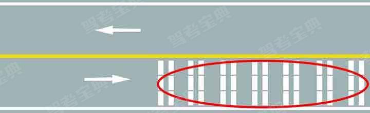 路面上的白色标线是何含义?