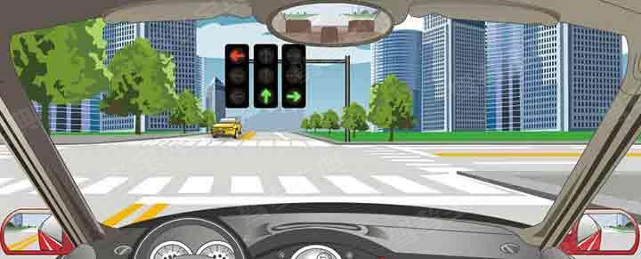 驾驶机动车在这种情况下不能左转弯。